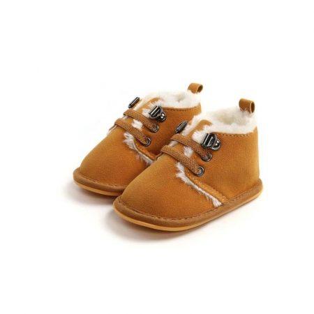 מגפון אופנתי לתינוק. נעל אופיר בצבע קרמל. מידה: 9-12 חודשים נעליים