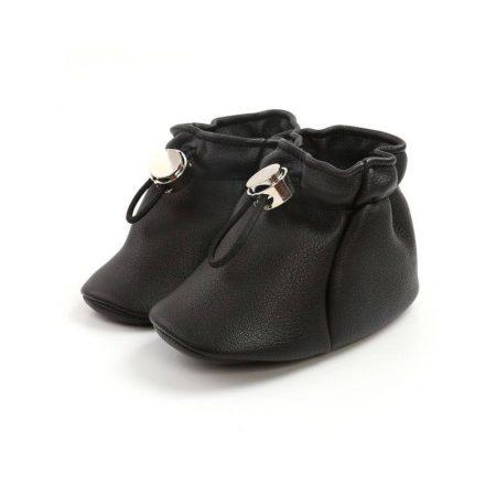 נעלי בנות. נעל אמה בצבע שחור. מידה: 9-12 חודשים נעליים