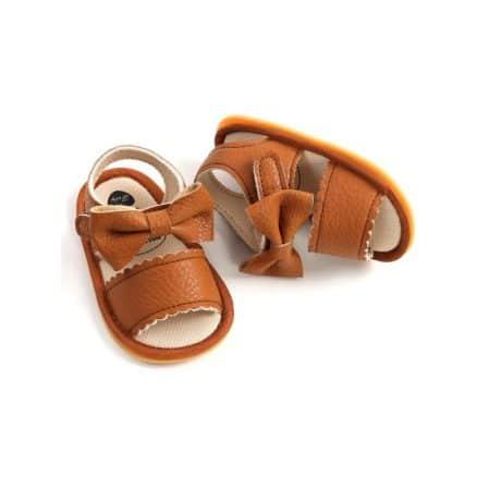 נעל פפיון חומה- מידה: 12-18 חודשים נעליים